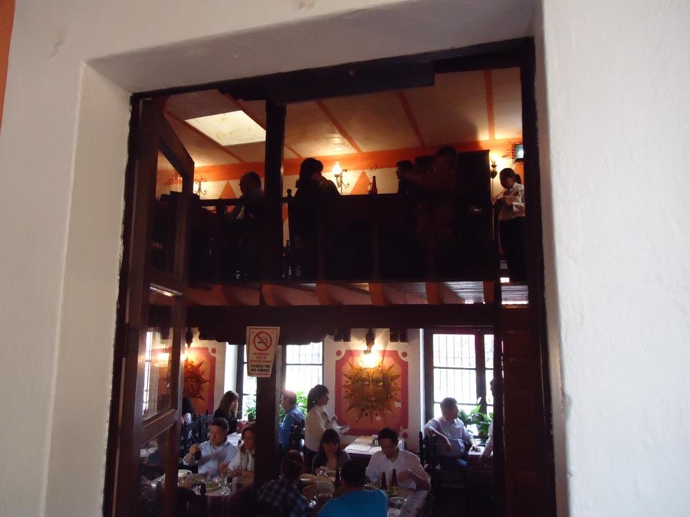 Restaurants as a second home... (2/6)